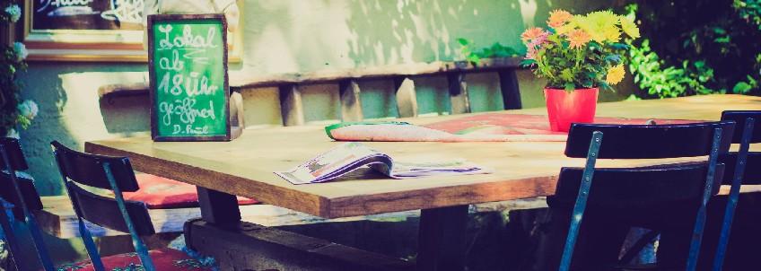 mobiliario rustico para hosteleria