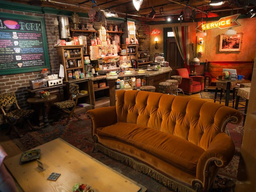 Mobiliario para bar, Sofá Central Perk