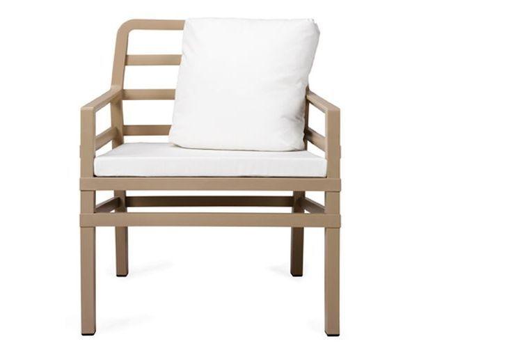Butaca de diseño ARIA beige y blanca