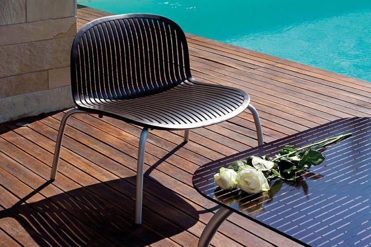Butaca de diseño ninfea relax piscina