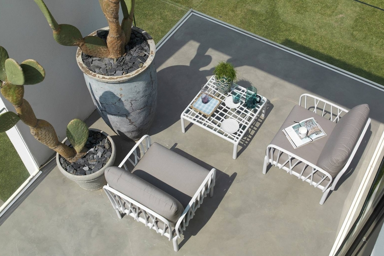 Mesa auxiliar hosteleria Komodo Wall jardin