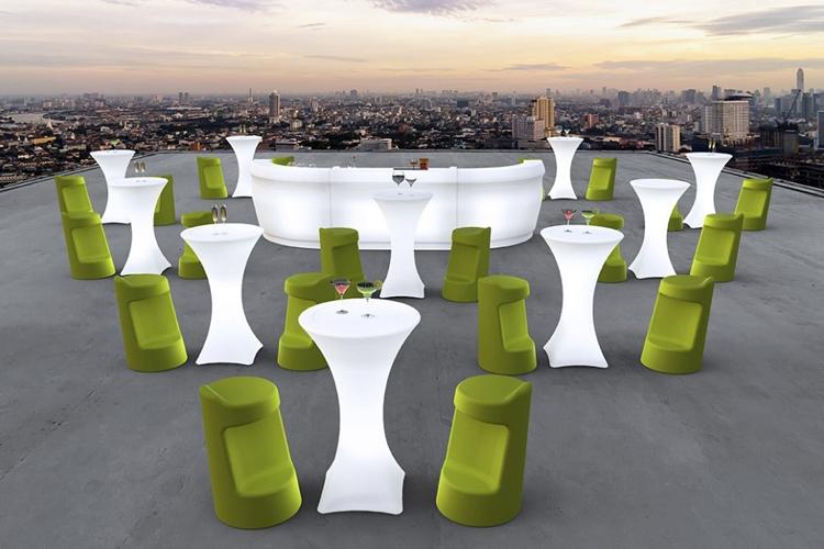 Mesa con luz Brazil exterior