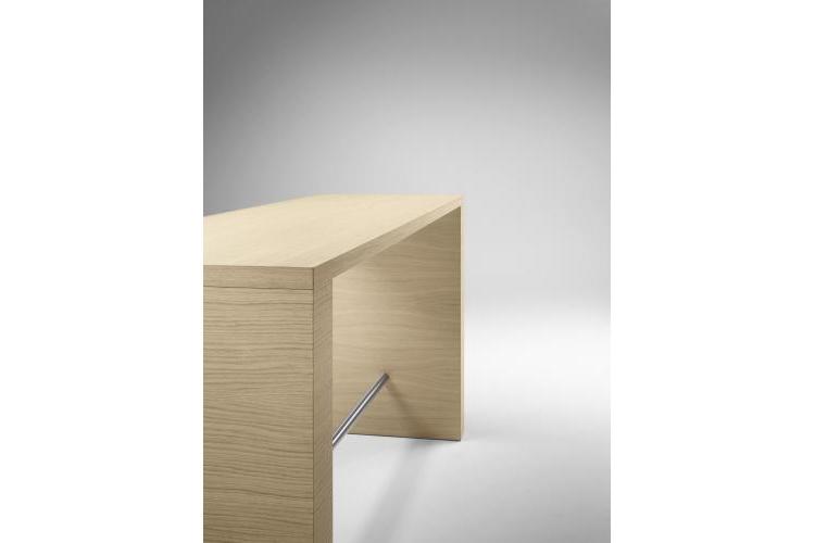 Mesa de diseño Zubi lateral