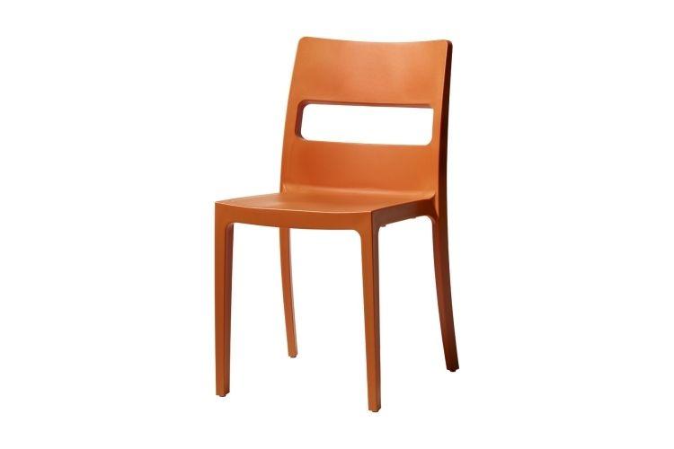 Silla de diseño naranja sia