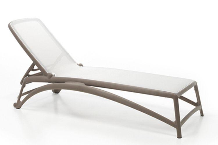 Tumbona de diseño Atlantico beige y blanco