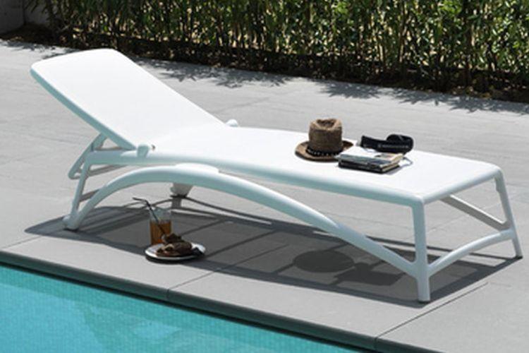 Tumbona de piscina de diseño Atlantico
