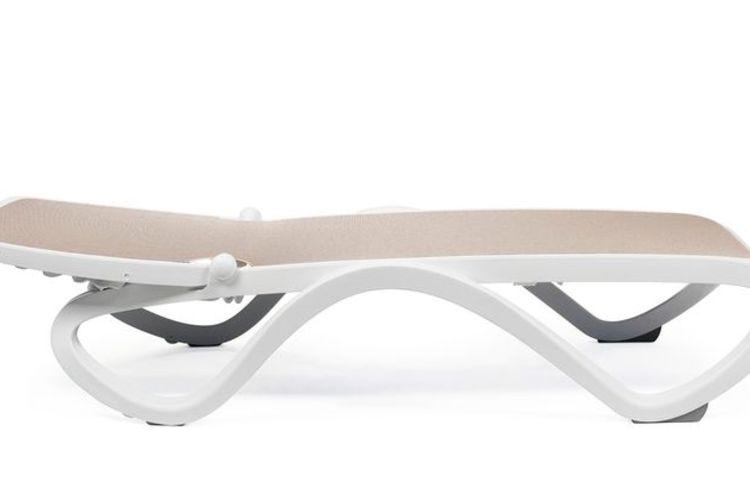 Tumbona sin brazos Omega reclinada